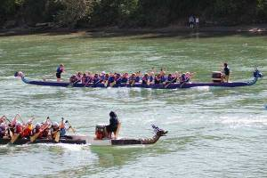 One of the Breast Friends Edmonton teams racing at the 2010 Edmonton Dragon Boat Festival